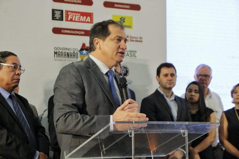 Secretário Simplício Araújo na Expo Indústria Maranhão 2019