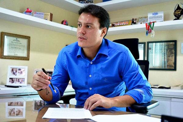 Secretário Estadual de Educação, Felipe Camarão