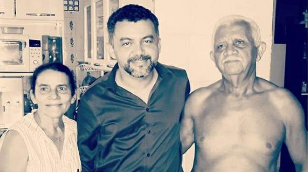 Deputado Cléber Verde com o pai e a mãe, ambos mortos em Turiaçu