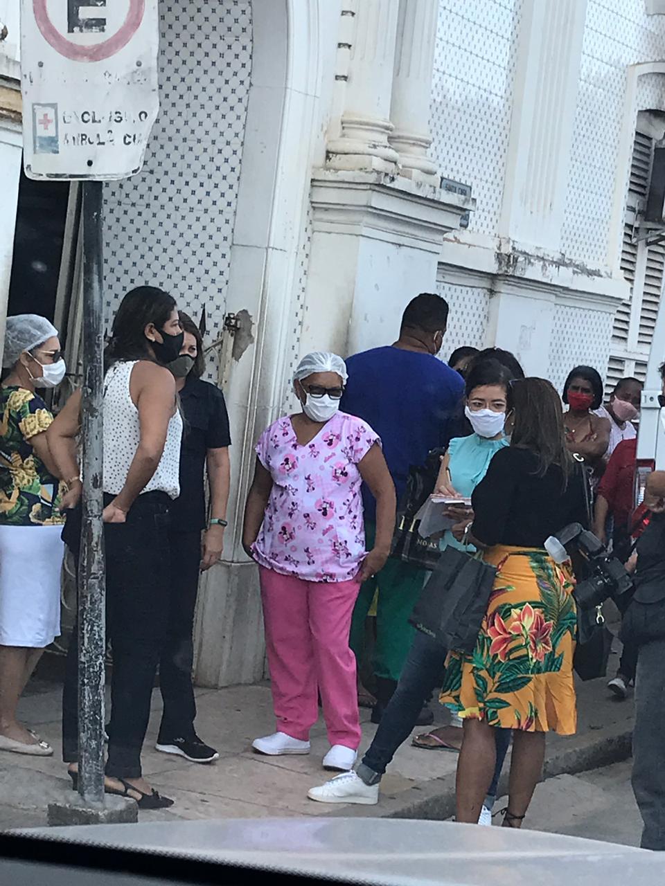 Protesto de funcionários da Santa Casa em São Luís