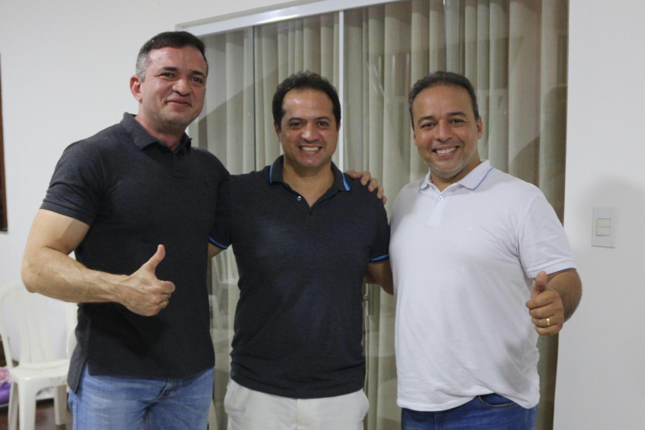 Grupo de Fernando Muniz (PP) declara apoio a Fred Campos