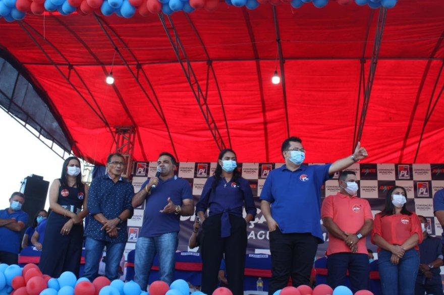 Flávio Amorim duante Convenção em Araguanã